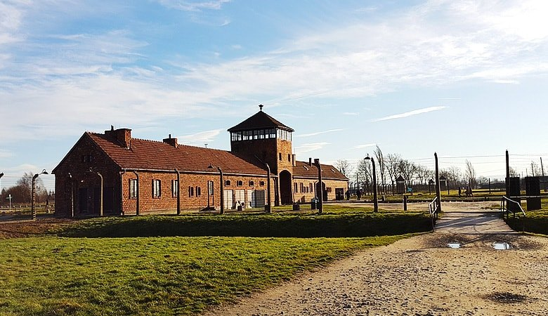 Warsaw to Auschwitz<span> 12h tour in a minivan </span> - 4 - Wroclaw Tours