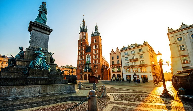 Krakow & Salt Mine <span>1 day tour from Warsaw </span> - 2 - Wroclaw Tours