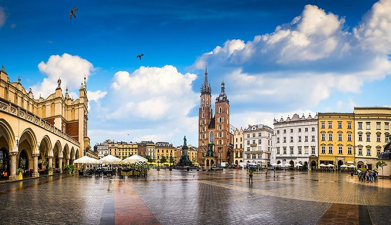 Krakow & Salt Mine <span>1 day tour from Warsaw </span> - 8 - Wroclaw Tours