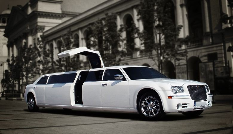 Limousine VIP Transfers <span>Warsaw airport private transfer</span> - 7 - Wroclaw Tours